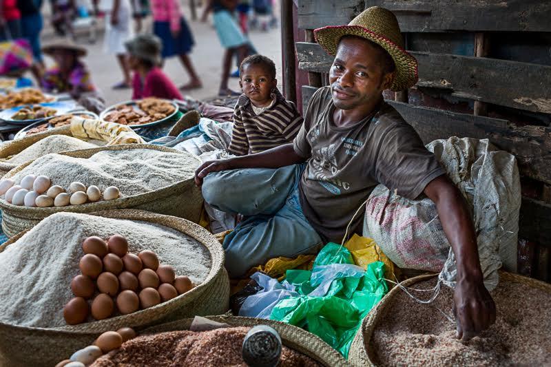 3-Omnifoto- mercado en Manakara