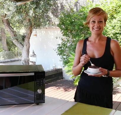 Panasonic reta a los amantes de la cocina a que usen sus microondas para mucho más que calentar
