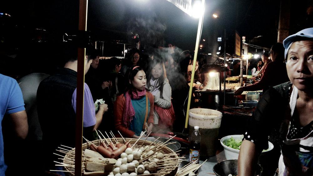 Mercado Nocturno Chiang Mai - Puesto de comida