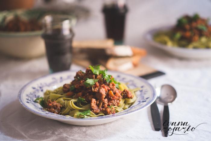 Fetuccini de espinacas con Salsa Boloñesa