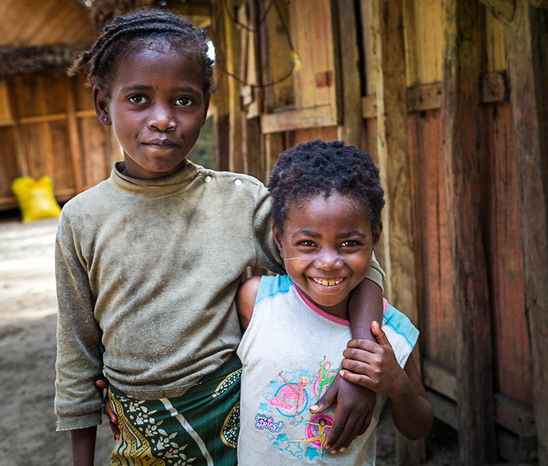 2-Omnifoto-Madagascar-poblado pescadores
