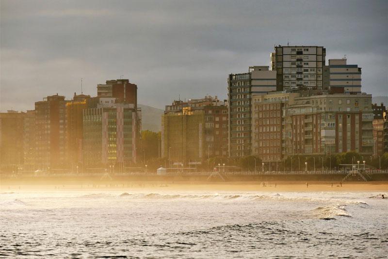 Amanecer en Gijón