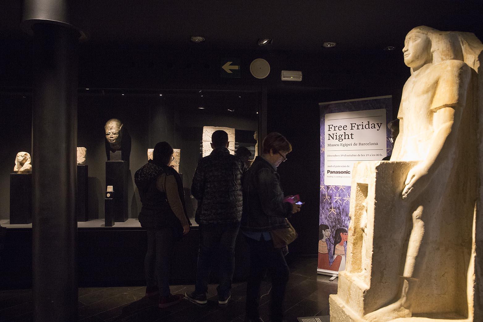 free friday night al museu egipci 17 de octubre