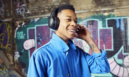 Disfruta de los bajos más potentes y vibra con nuestros nuevos auriculares inalámbricos